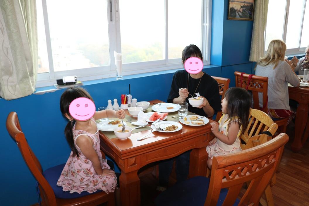 79リビングホテルの朝食